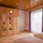 Gaestehaus_Staffner_Kirchberg_Appartement_100_Schlafzimmer_2