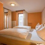 Gaestehaus_Staffner_Kirchberg_Appartement_1_Schlafzimmer_1
