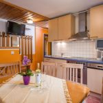 Gaestehaus_Staffner_Kirchberg_Appartement_3_Kueche