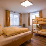 Gaestehaus_Staffner_Kirchberg_Chalet_2_Schlafzimmer_2